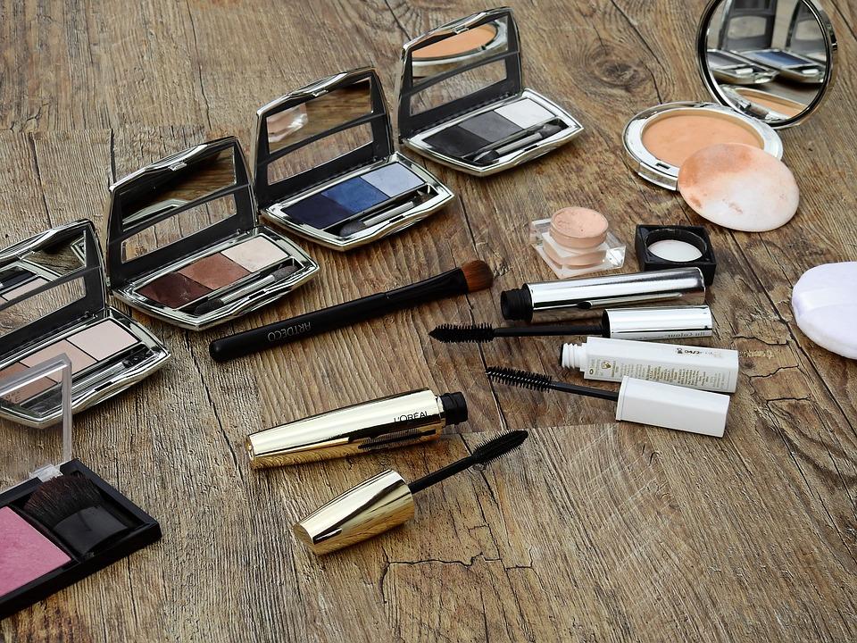 cosmetics-2116400_960_720
