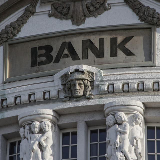 budova banky.jpg