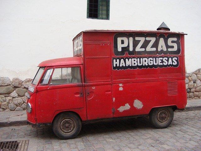 rozvážka pizzy