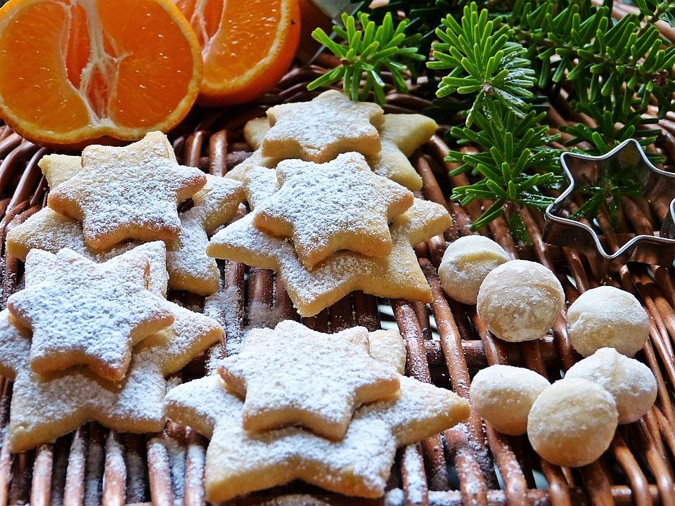 vánoční cukroví a makadamové oříšky